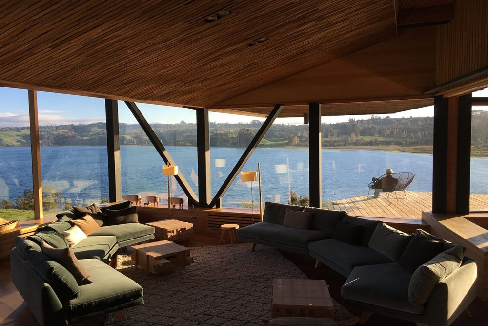 Privatrundreise Chile, Lounge und Terrasse, Hotel Tierra Chiloe, San Jose, Chile Individualreise