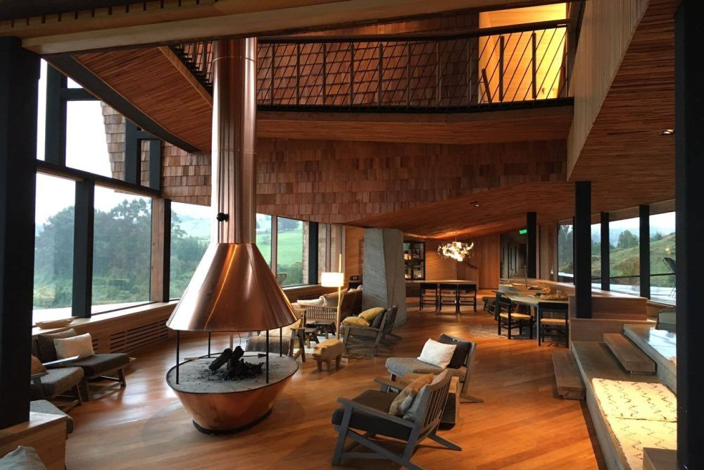 Wellnessreise Chile, Kamin mit Ausblick, Hotel Tierra Chiloe, San Jose, Chile Rundreise
