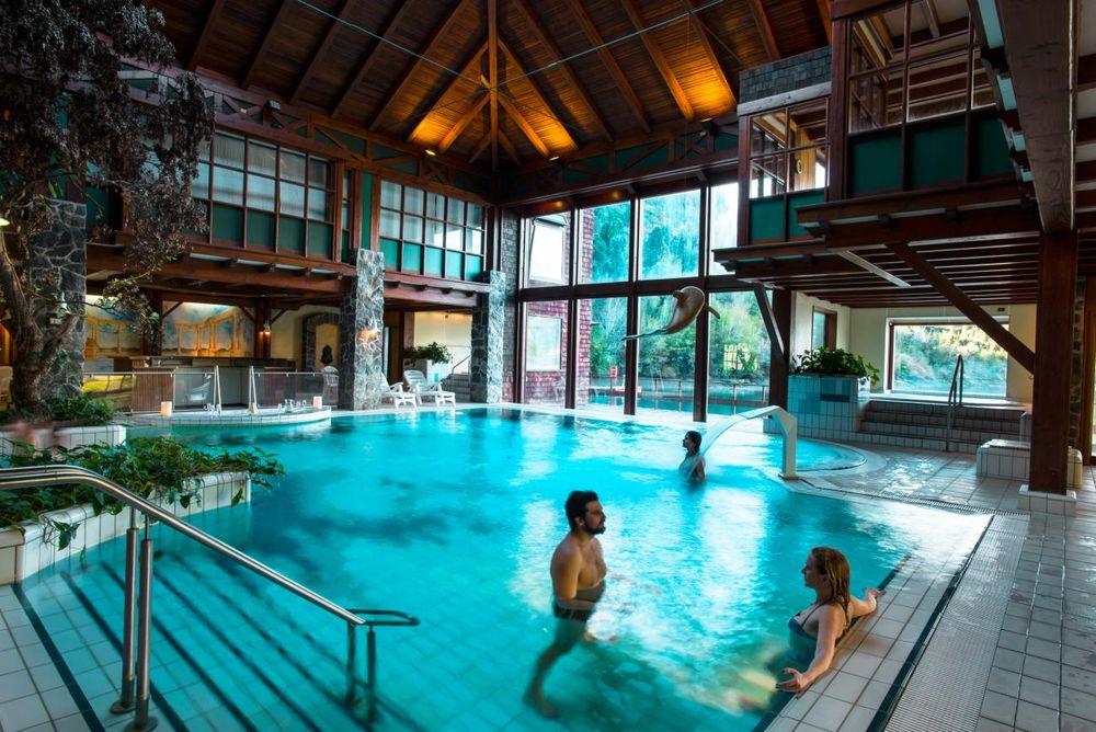 Pool, Puyuhuapi Lodge & Spa, Aysen, Chile Rundreise