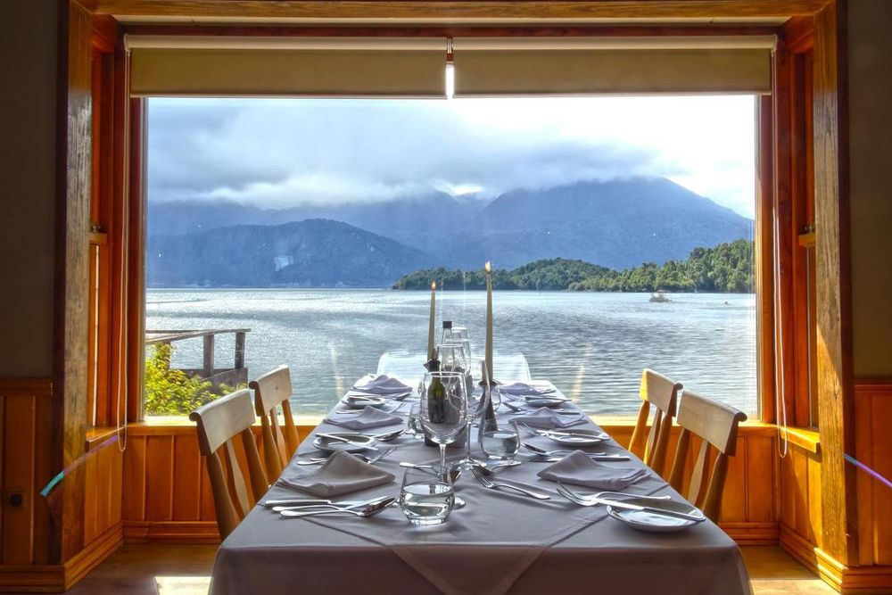 Restaurant, Puyuhuapi Lodge & Spa, Aysen, Chile Rundreise