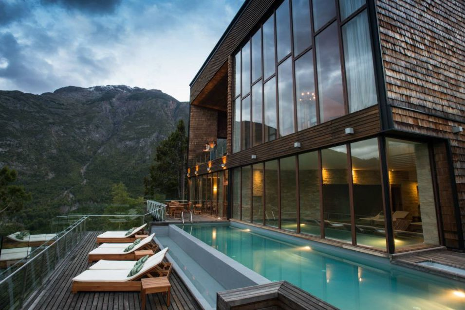 Chile Reisen, Pool, Luxus, Uman Lodge, Futaleufu