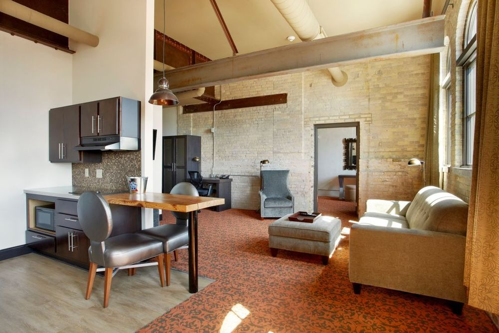 Suite, The Brewhouse Inn & Suites, Milwaukee, USA Rundreise